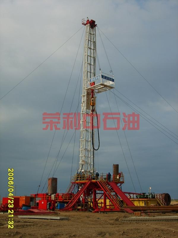 RL1300D泵在哈国所配套四机厂的32车载钻机
