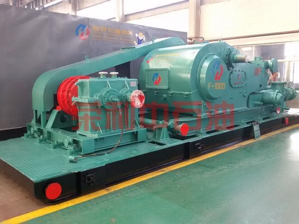 哈萨克客户定做的F-1000皮带泵组准备发货