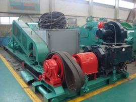 发往阿塞拜疆的F-500电机泵组